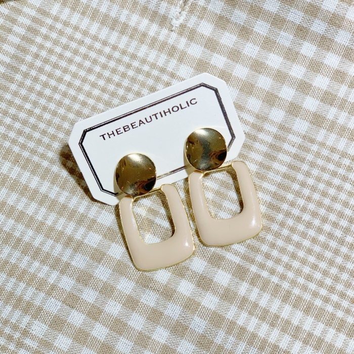 Beige Rectangle Earring